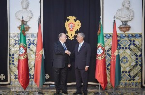portugal handshake